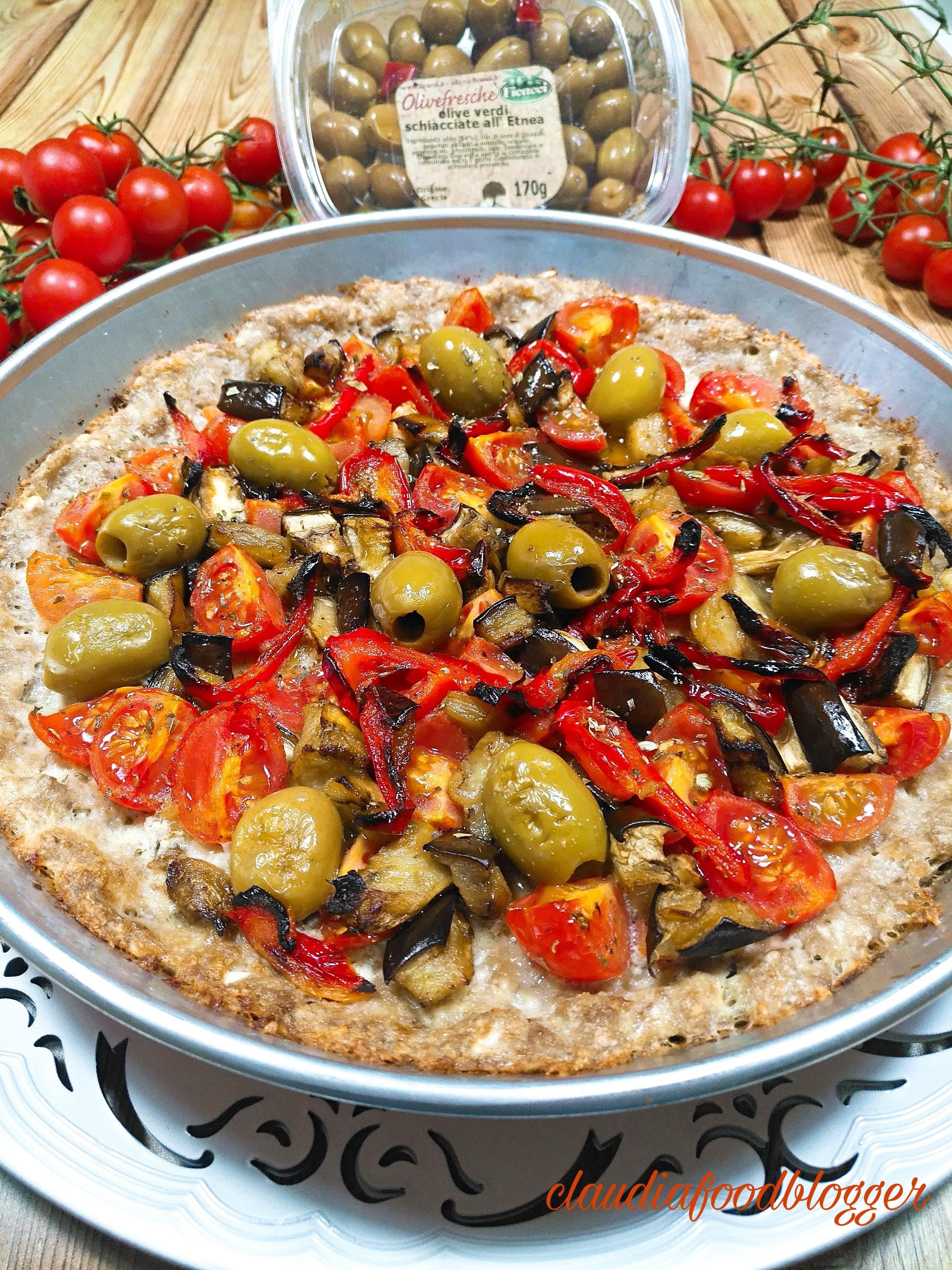 Pizza di carne alla mediterranea
