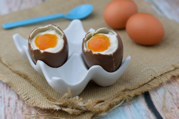 Ricetta Uova di cioccolata alla coque