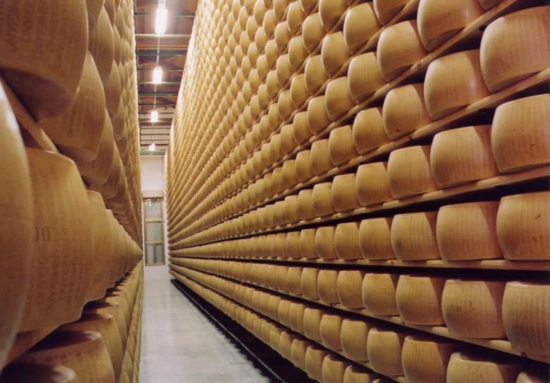 Parmigiano Reggiano, ripartono consumi interni +1,7%
