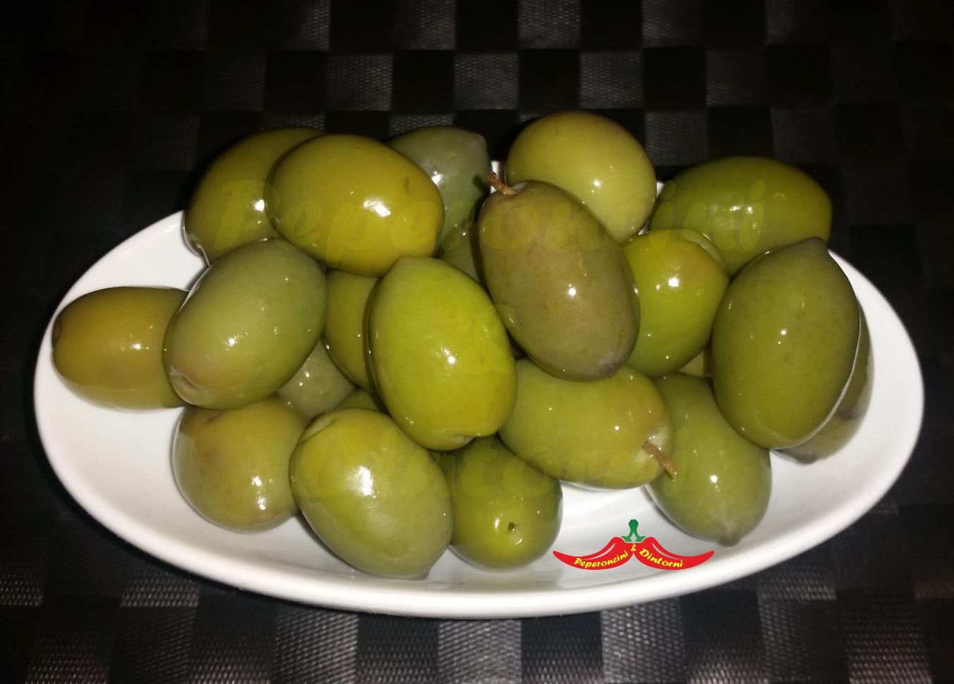 Olive Bianche in salamoia