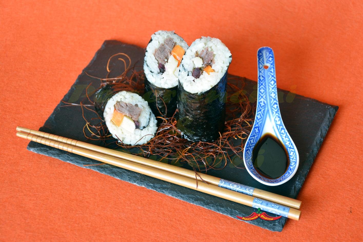 Futomaki, di Tonno di Coniglio, Gran Mugello e carote
