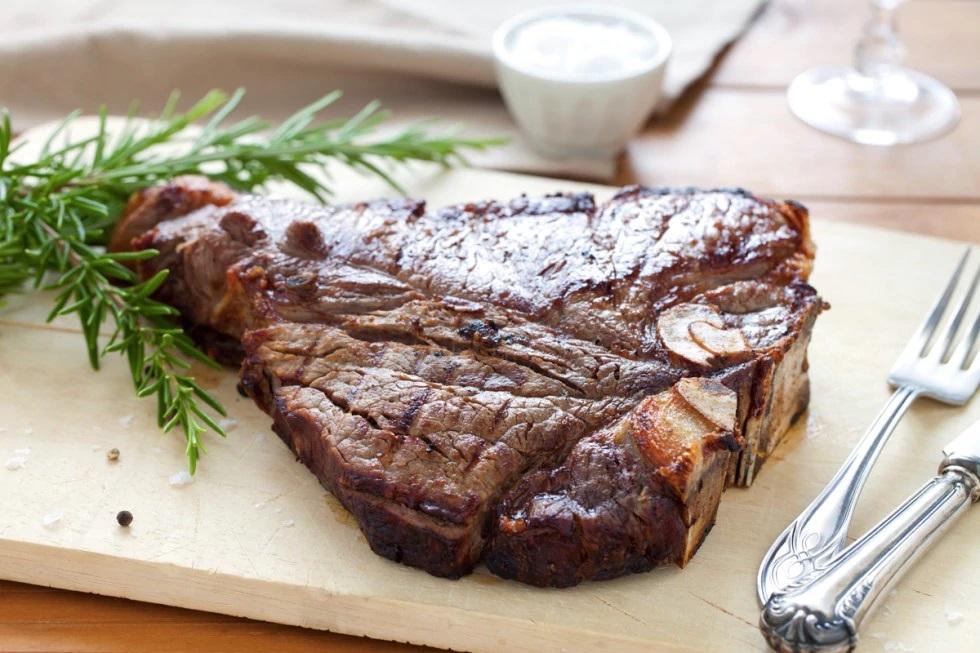 Torna la bistecca sulla tavola degli italiani con un aumento del 6%