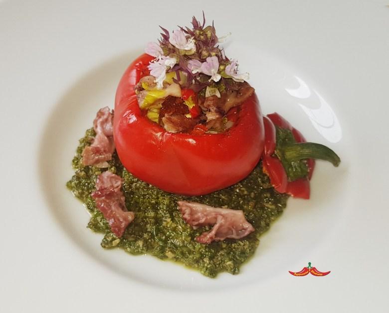Peperoni Tomaticot di Carmagnola, Lampredotto e pesto di Salicornia