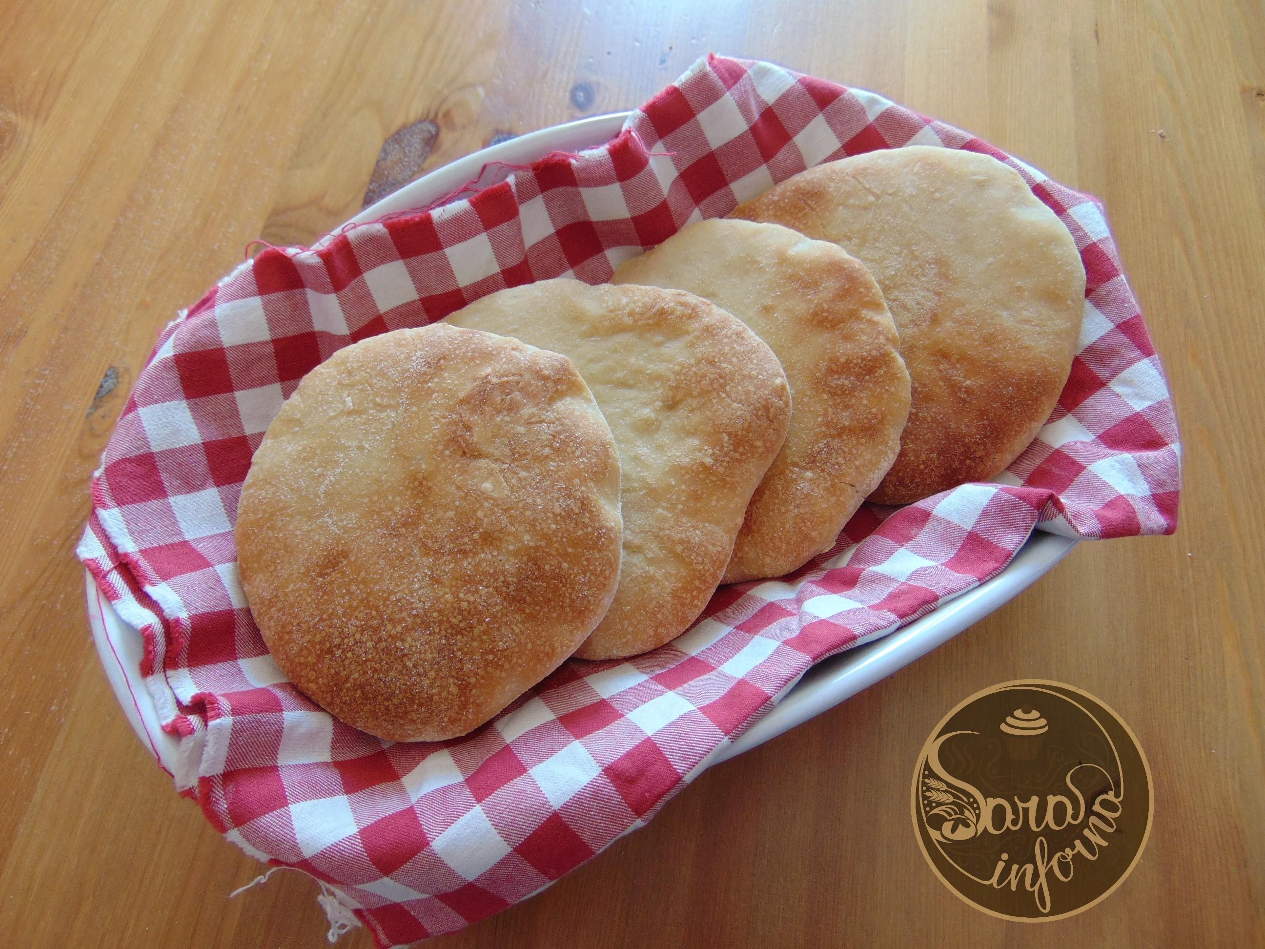 Pane arabo con lievito naturale liquido
