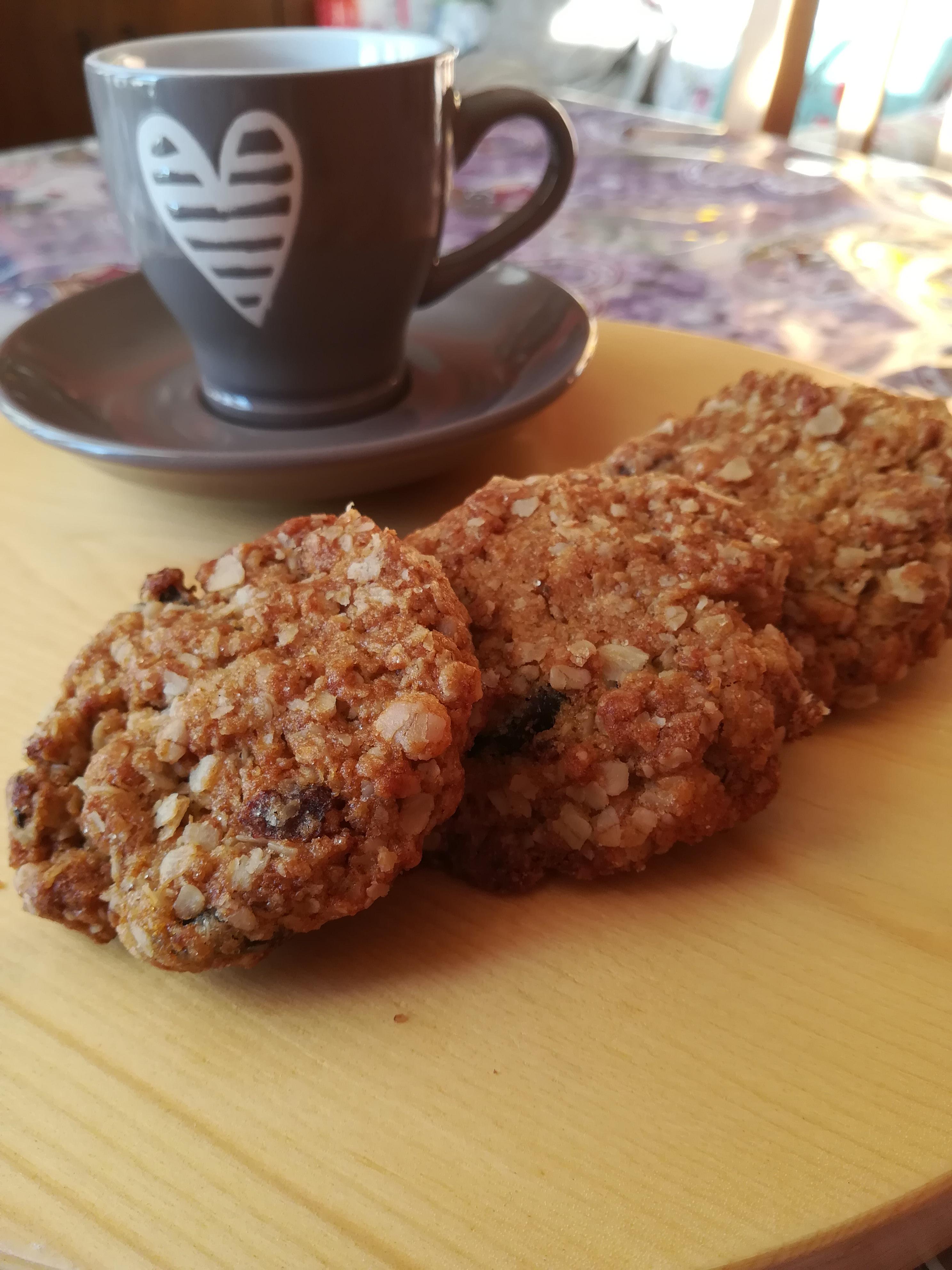 Biscotti ai cereali senza glutine e senza lattosio
