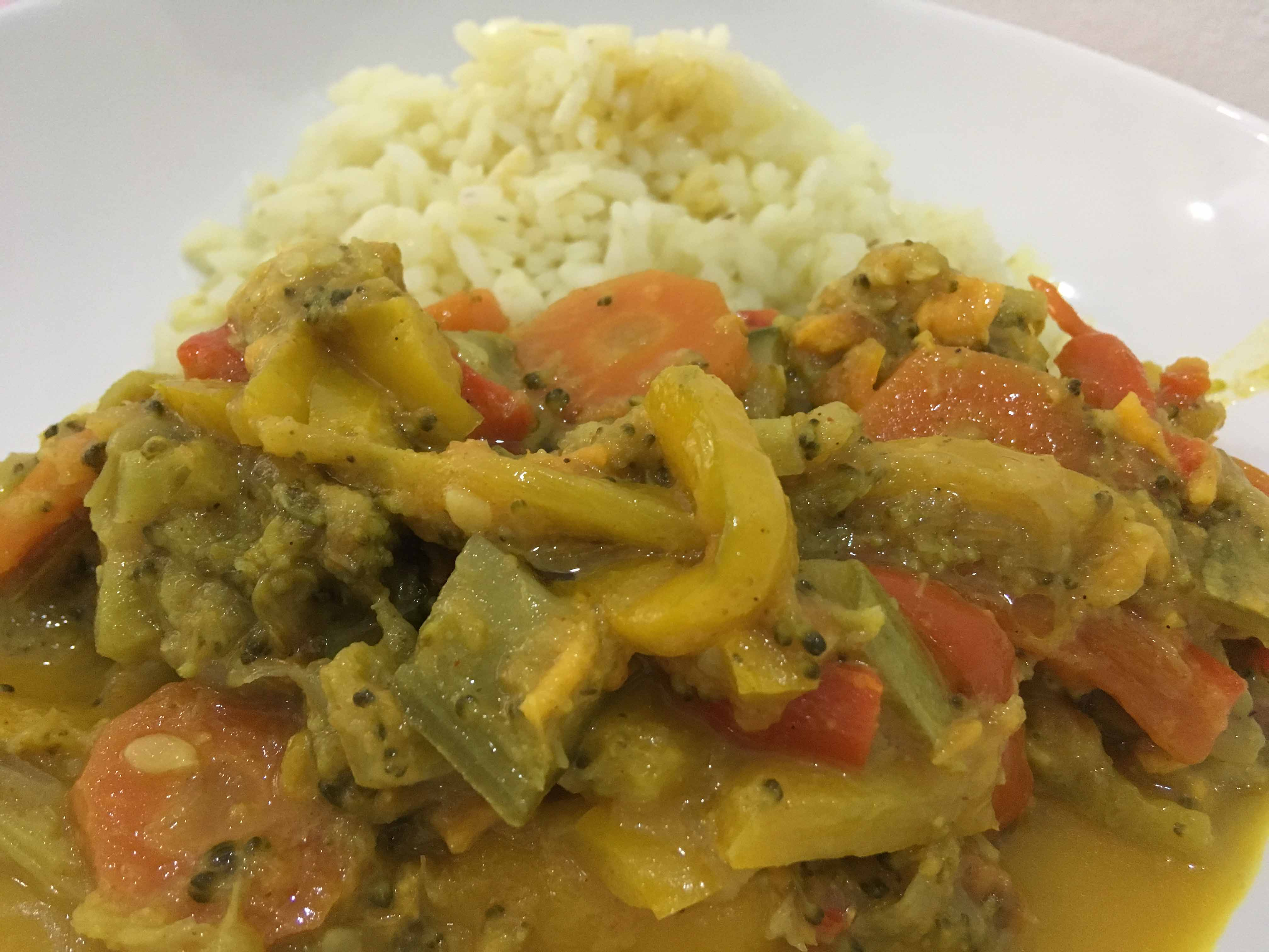 Curry di verdure con latte di coccoOriginally Posted on 8 August 2017 and reposted on 3 January 2018