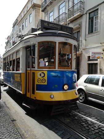 Viaggio a Lisbona low cost  Una cucina da single