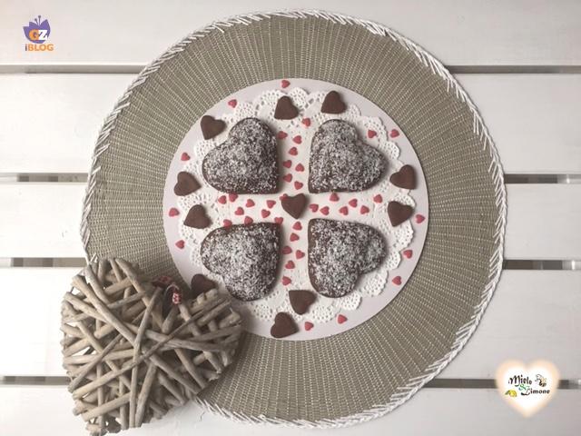 Cuori di frolla al cacao con ricotta e cocco – ricetta golosa