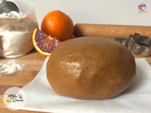 pasta frolla di farro all'arancia