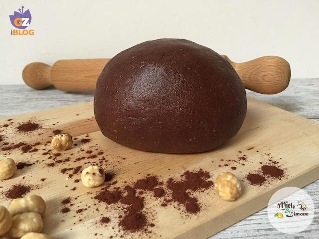 Pasta Frolla al cacao e nocciole – ricetta base