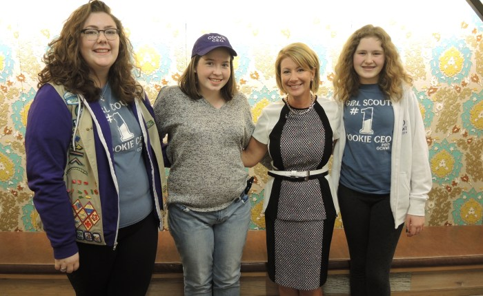Kellogg Executive Mentors Girl Scouts