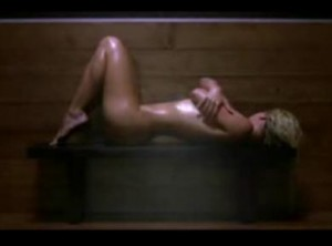Womanizer video