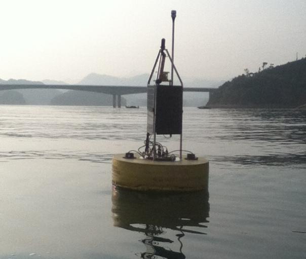 Photo: GLEON buoy in Lake Taihu. Credit: Alicia Caruso.