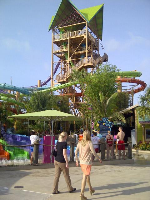 Aquatica's Ihu's Breakaway Falls Grand opening May 9th