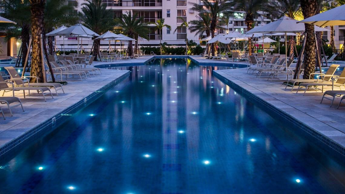 Tipos de iluminação para piscina – Quais são elas?
