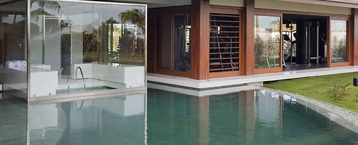 Como fazer uma piscina com sauna integrada