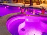 7 razões que você investir em refletores de LED para piscina