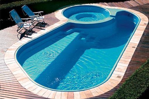 Tipos de piscina, fibra de vidro
