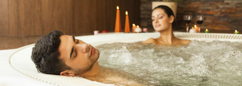 4 maneiras de aliviar o estresse em sua banheira de hidromassagem