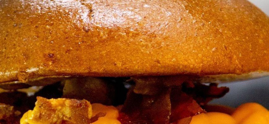 Lokale z burgerami na dowóz w Łodzi – najlepsze kanapki