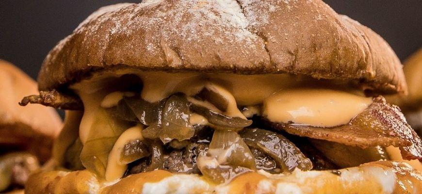 I 10 migliori hamburger a domicilio a Torino