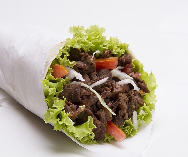 https://glovoapp.com/es/es/barcelona/juan-doner-kebab-barcelona/