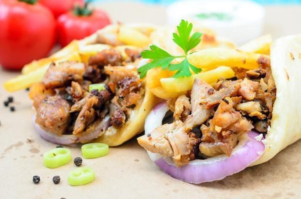 El kebab es la típica comida para llevar en El Palmar