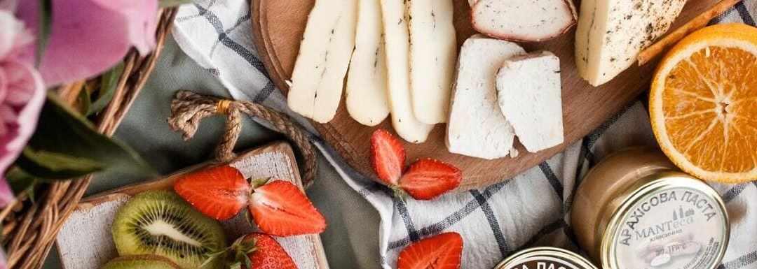 10 ideas de platos de comida para picnic que puedes pedir a domicilio