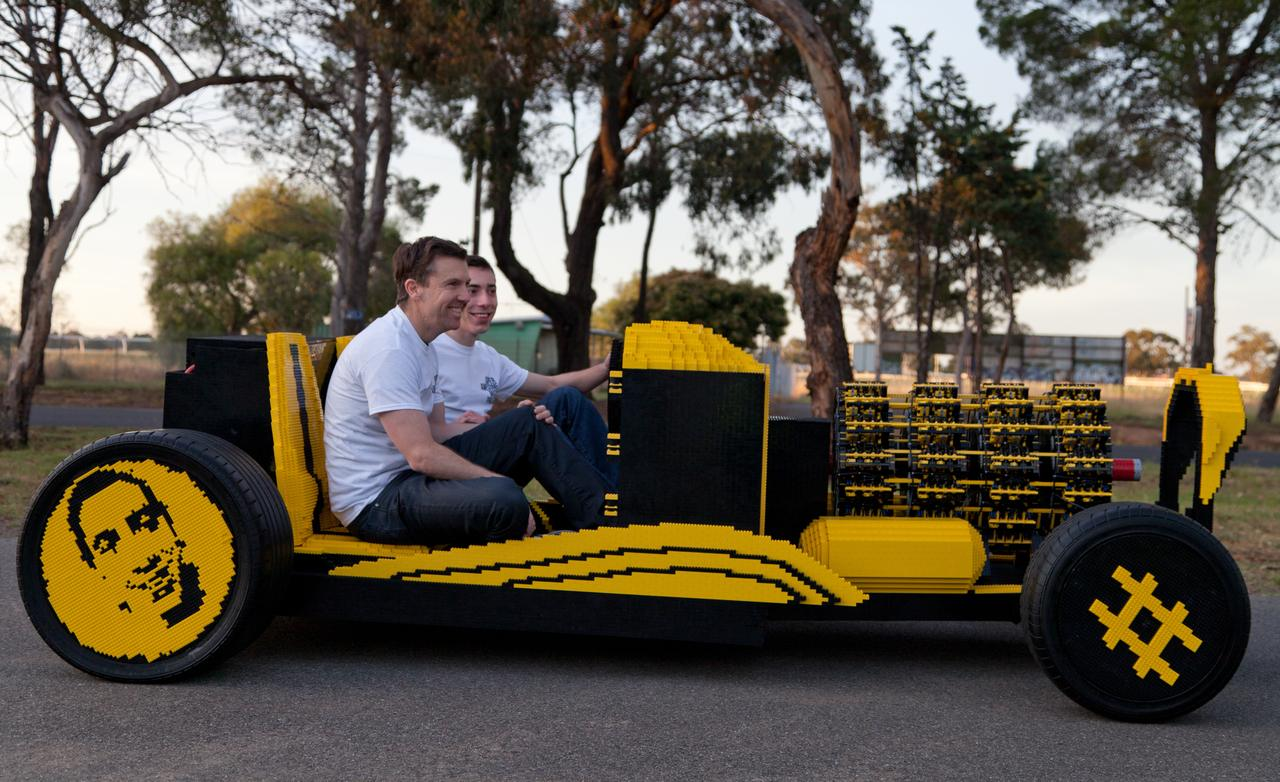 On The Road Again – The 500,000 Piece LEGO Car Starts Up!