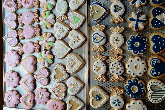 A tray of decorated gingerbread cookies in Prague.