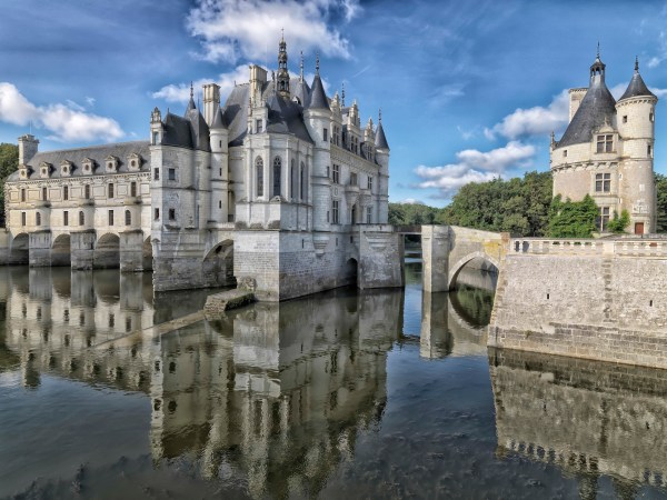 Active holidays - bicycling Loire valley