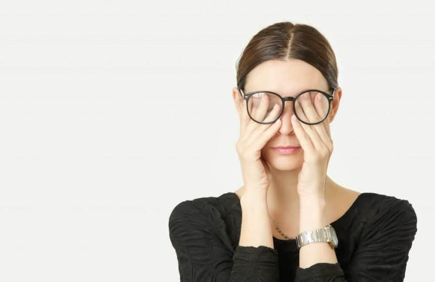 Travail à distance et fatigue des yeux