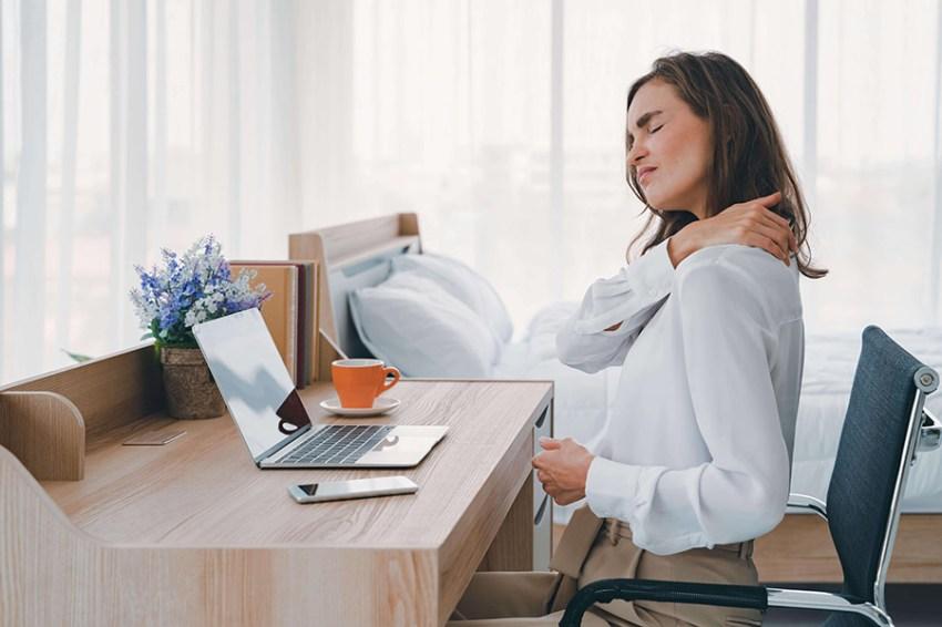Travail sur écran et mal de dos au bureau
