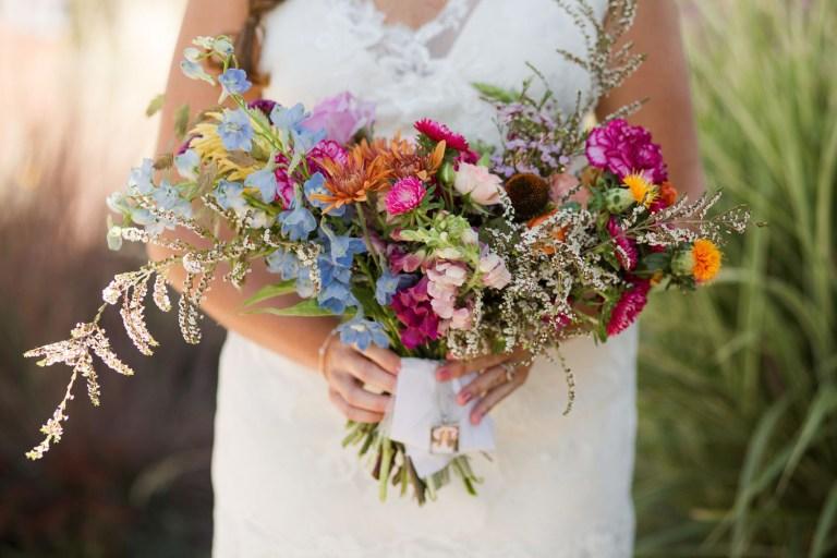 bright-florals-2019-wedding-trend