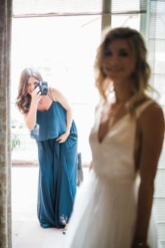 005-Labarte-wedding-Aspen-bride-getting-ready