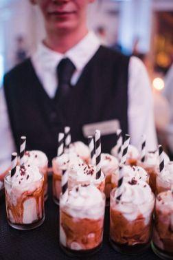 034-Labarte-wedding-Aspen-hot-cocoa