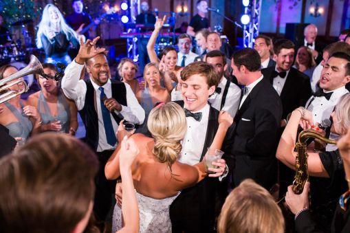 034-Winfrey-wedding-Beaver-Creek-dancing