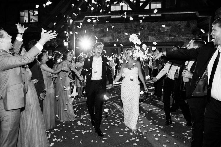 038-Winfrey-wedding-Beaver-Creek-exit