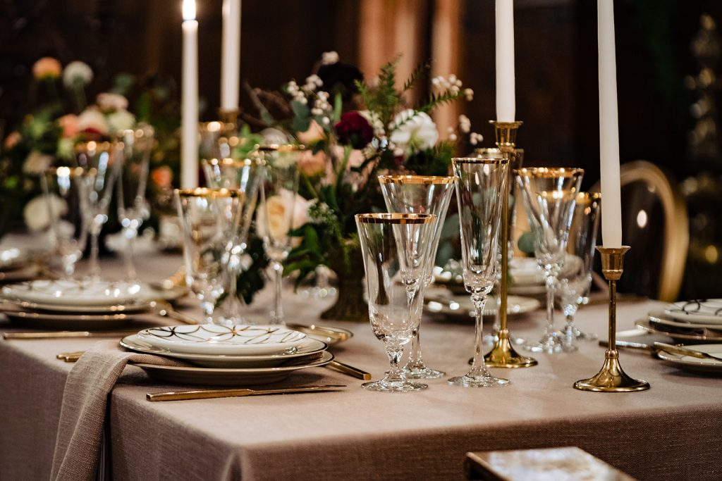 winter wedding tablescape