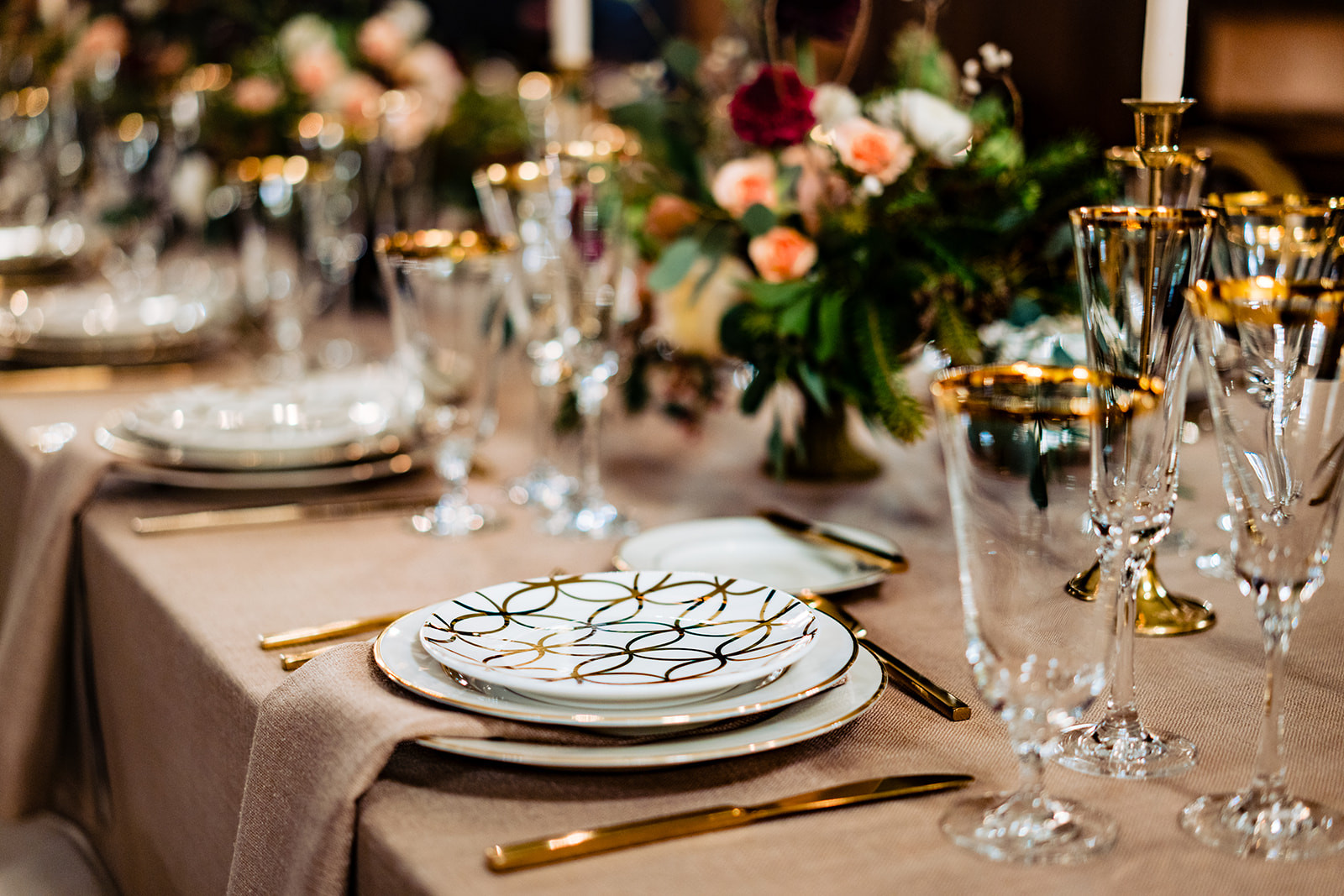 contemporary vintage wedding table decor