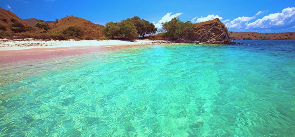 Pantai Komodo