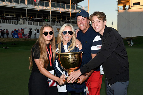 Phil Mickelson and Family with the Presidents Cup, image: golfdigest.com