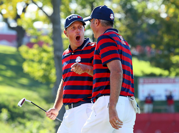 Phil Mickelson and Matt Kuchar on the Tenth Green at the 2016 Ryder Cup, image: golfdigest.com