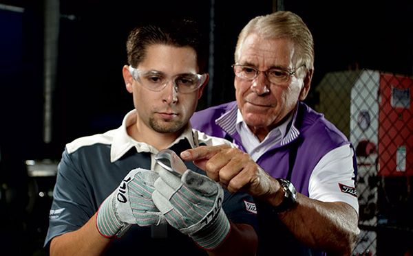 Bob Vokey and Aaron Dill with Titleist SM7 Wedge, image: australiangolfdigest.com.au
