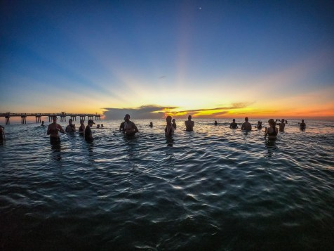 Reunions_2020_SunriseSwim