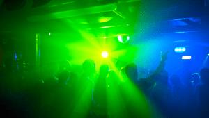 club-696x394