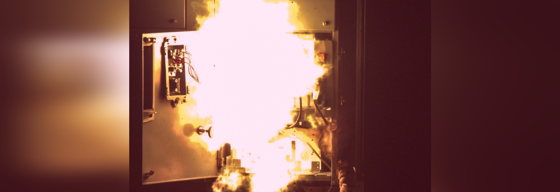 The Dangers and Causes of Arc Flash What is it