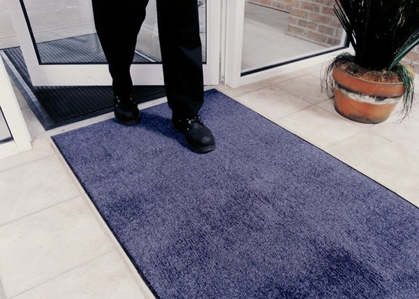 Helpful Tips for Choosing Entryway Mats