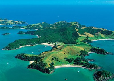 Bay of Islands - A Tropical Paradise to Discover on Your ...