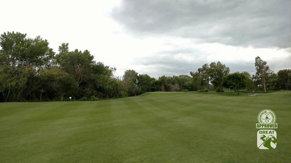 Goose Creek Golf Club Mira Loma California GK Review Guru Visit - Hole 4 Approach